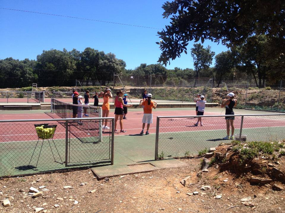 Académie Tennis des Hauts de Nîmes - Stages Coaching