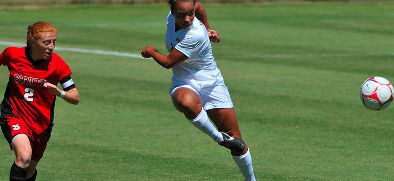Inès Jaurena Joueuse de soccer à Florida State