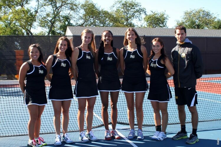 Adelphi University Women's Tennis Team 2013/2014