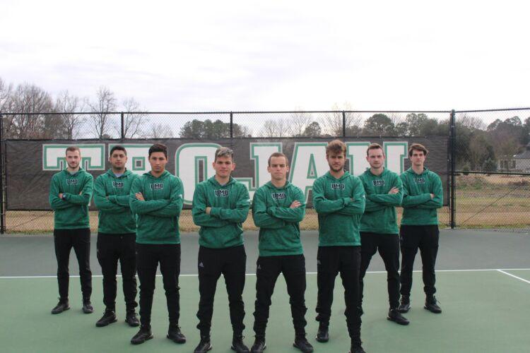 UMO Men's Tennis Team 2019-2020
