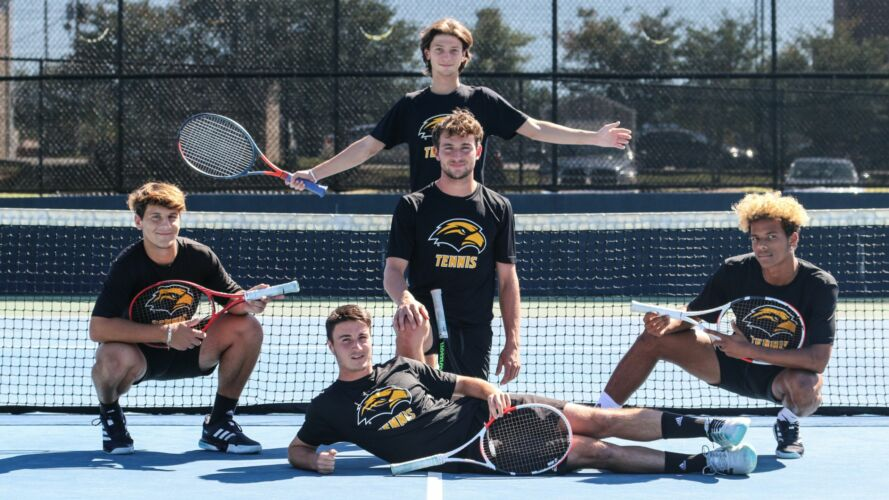 Southern Mississippi Men's Tennis Team 2020/2021
