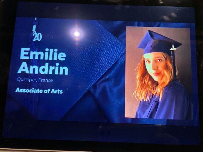 Associate Degree of Arts (mai 2020)