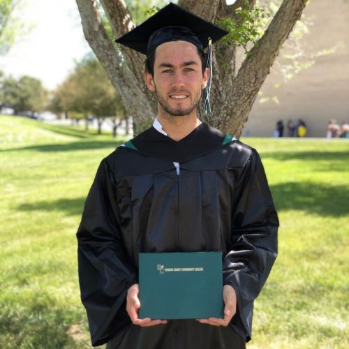Remise de diplôme Associate's degree à Seward