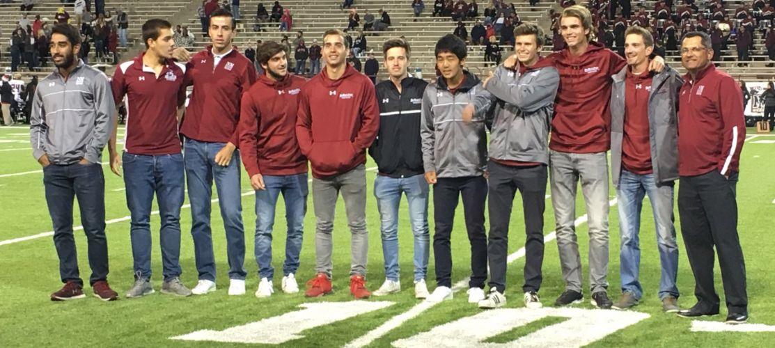 A l'honneur pendant la mi-temps d'un match d'American Football